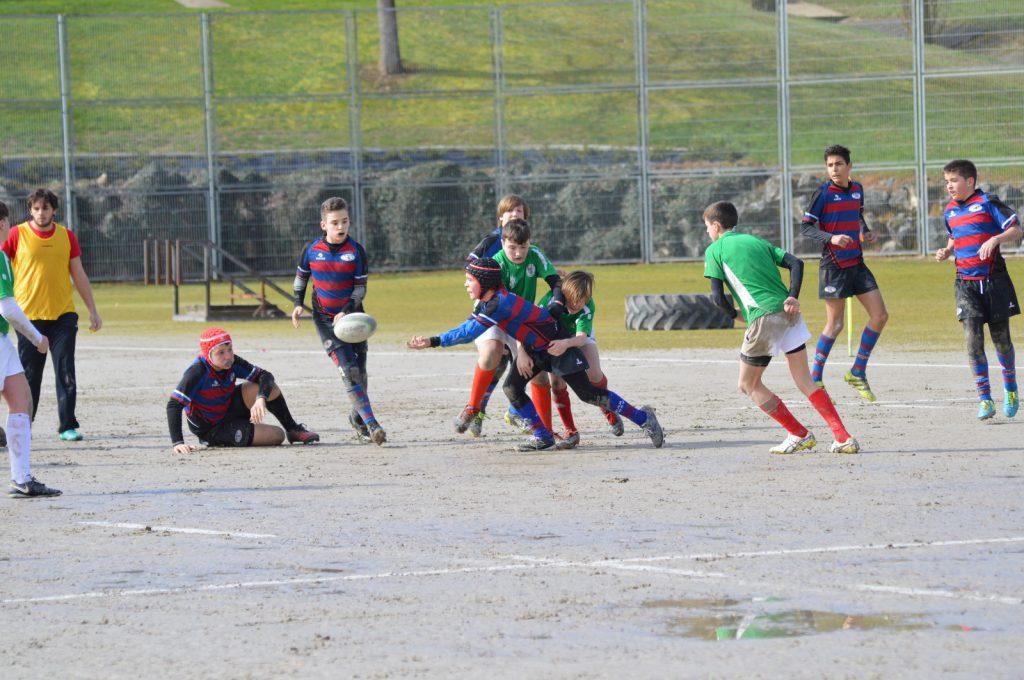 AVIA EIBAR R.T. sub14k liga itxi zuen Iruñean  modu positiboan